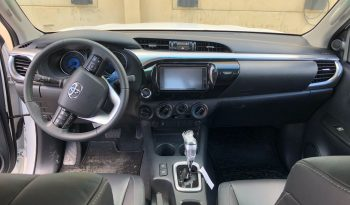 HILUX DOBLE CABINA SRV 2.8L D-4D DIESEL 4X4 AUTOMATIC full