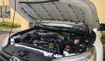 HILUX SR DOUBLE CAB 2.7L GASOLINE 4X2 full