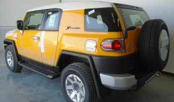 FJ CRUISER XTREME 2 DOORS 4X4 full