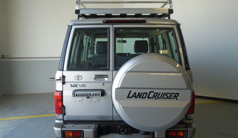 LANDCRUISER LX WAGON 4.5L TURBO DIESEL full