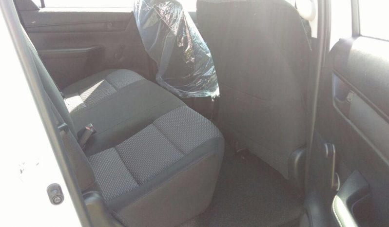 HILUX DOUBLE CAB 2.8L DIESEL 4X4 M/T full